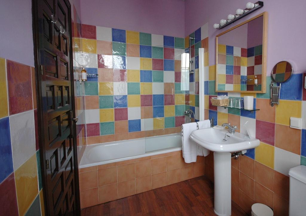 Hotel casa de los azulejos con traventia for Hotel casa de los azulejos booking