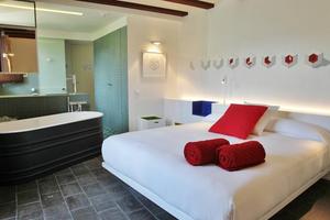 La Demba Art-Hotel