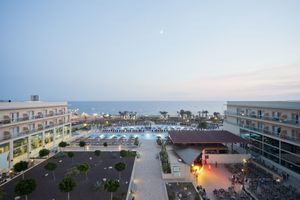 Cabogata Beach Hotel & Spa