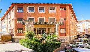 Hotel Isabel De Segura