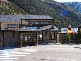 Hotel Tristaina