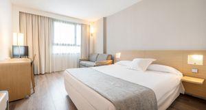 Hotel ILUNION Valencia 4